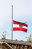 picture of mast  - austria federal service flag half - JPG