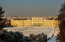image of schoenbrunn  - Schoenbrunn palace in sunny  - JPG