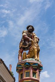image of samson  - slaying the lion 16th century traditional colourful fountains  - JPG