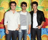 LOS ANGELES - MAY 15:  Jonas Brothers arrives to Disney|ABC Television Group Summer Press Junket on