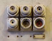 picture of contactor  - The old ceramic fuses on the wall - JPG