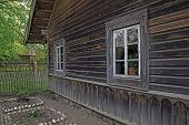 picture of farmhouse  - Last century farmhouse with all the buildings - JPG