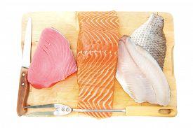 picture of fresh water fish  - raw set of sea fish food  - JPG