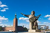 Evert Taubes Monument And Stockholm City Hall