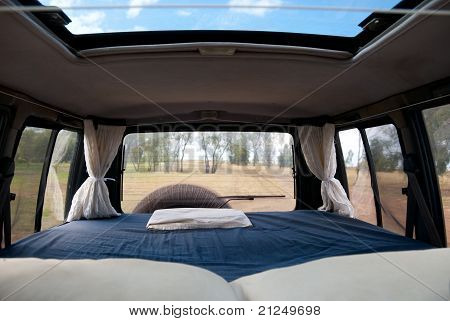 how to build a bed in a van