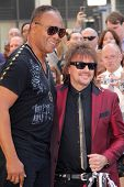 LOS ANGELES - MAR 6:  Ray Parker Jr, Richie Sambora at the Ray Parker Jr Hollywood Walk of Fame Star