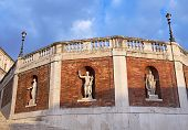 Wall With Antique Statues Around The Quirinal Palace (palazzo Del Quirinale), Rome, Italy