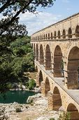 pic of masterpiece  - The Roman architects and hydraulic engineers who designed this bridge created a technical as well as an artistic masterpiece - JPG