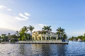 Luxurious Waterfront Home In Fort Lauderdale, Usa.