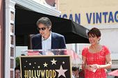 LOS ANGELES - MAY 22: Patricia Heaton, Ray Romano at a ceremony honoring Patricia Heaton with a Star