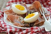 picture of endive  - red endive eggs and hamon warm salad - JPG