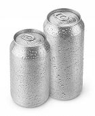 500 Ml And 330 Ml Aluminum Beer Cans With Water Drops