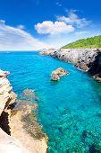Playa de Marti Pou des Lleo de d ' en Canal de Ibiza en Baleares Mediterráneo