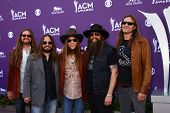 LAS VEGAS - MAR 7:  Blackberry Smoke arrives at the 2013 Academy of Country Music Awards at the MGM Grand Garden Arena on March 7, 2013 in Las Vegas, NV
