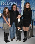 LOS ANGELES - NOV 19:  Charlotte Siberling, Brad Silberling, Bodhi Siberling, Amy Brenneman at the