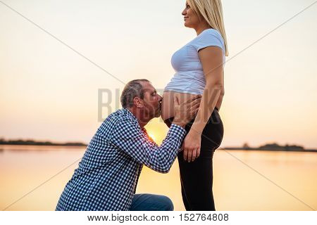 Kissing Pregnant Belly