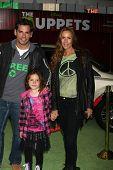 LOS ANGELES - NOV 12:  Cristian De La Fuente arrives at the