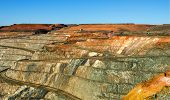foto of gold-dust  - The Super Pit Kalgoorlie  Gold mining Western Australia - JPG