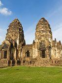 Phra Prang Sam Yot Temple