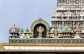 Ganesha Statue On Glorious Covered Walkway To Thiruvannamalai Temple.