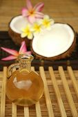 image of massage oil  - Massage oil and coconut - JPG