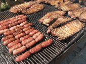 Bbq:Pork Sausages And Spare Ribs