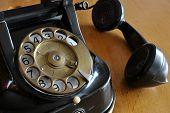 Old Telefone
