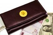 porte-monnaie and money