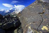 Постер, плакат: Вулканические породы на Эльбрус пик горы Кавказа