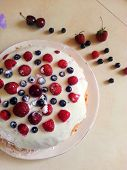 Постер, плакат: pie with berries