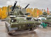 Antiaircraft gun missile system Tunguska M1