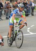 BARCELONA - 27 de marzo: Liquigas Cannondale ciclista australiano Cameron Wurf cabalga solo durante el Tou