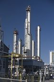 pic of lng  - Natural gas pipe line processing compressor station - JPG