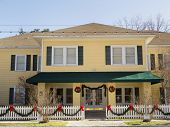 Historic Bed & Breakfast Decked Out For Christmas