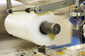 Conveying Machine Beltlinewith Roll Of Polyethylene Film