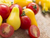 fresh red and yellow tomatoes