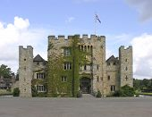 picture of hever  - Hever Castle showing entrance drawbridge and battlements - JPG