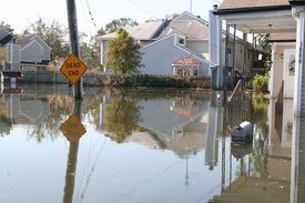 foto of katrina  - this photo shows the flooding incurred in new orleans in the aftermath of hurricane katrina - JPG