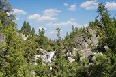 picture of naturel  - view of nice waterfall  in Yosemite national park - JPG