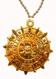 pic of skull cross bones  - Gold medallion with skull and crossed bones isolated - JPG