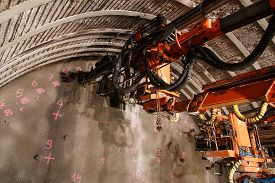 picture of grout  - Construction of piperoof grouting for tunnel construction - JPG