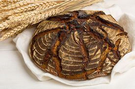 picture of home-made bread  - Home - JPG