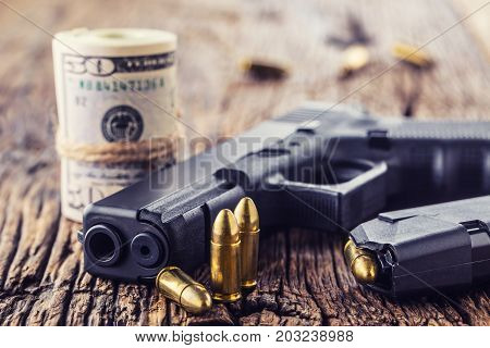 Gun And Money 9 Mm