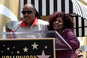 LOS ANGELES - MAY 19:  Stevie Wonder, Chaka Kahn at the Chaka Kahn Hollywood Walk of Fame Star Cerem