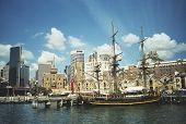 Sydney Habor