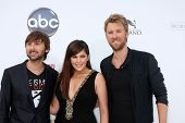 LAS VEGAS - MAY 22:  Lady Antebellum arriving at the 2011 Billboard Music Awards at MGM Grand Garden