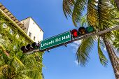 Street Sign Lincoln Road Mall In Miami Beach, The Famous Central Shopping Mall Street
