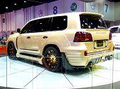 Lexus Invader L60