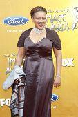 LOS ANGELES - FEB 26: CCH Pounder Ankunft der 41st NAACP Image Awards - anlässlich der Schrein-Audit