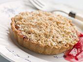 Rhabarber-Crumble tart